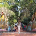 DÍA 4 EN TAILANDIA: Chiang Mai – Wat Phra That Doi Suthep – Chiang Mai Night Bazaar