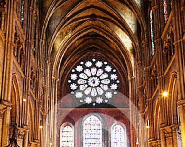 interior-view-chartres-cathedral-13331151