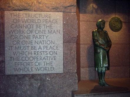 Escultura Eleanor Roosevelt Washington