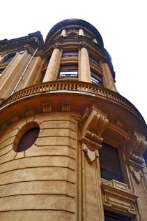 Picado chaflán torre neoclásica Gran Vía Bilbao