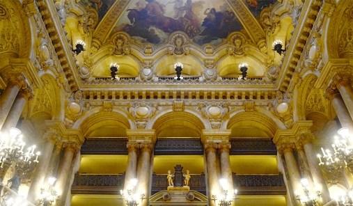Techo frescos decoración mármol lámparas Ópera Garnier París