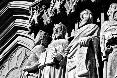 Apostolado sorpres davant la bellesa de la fasana principal de la Seu
