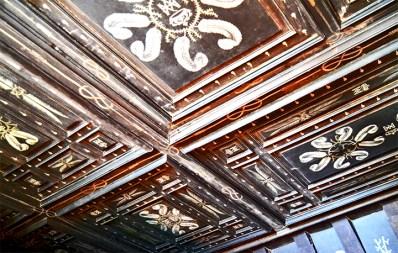 Decoración madera estuco ornamentos flores castillo Chenonceau