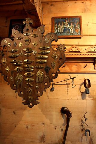 Decoración interior casa madera Zakopane Polonia