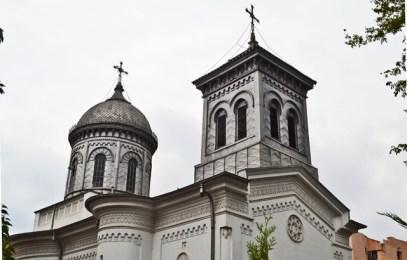 Exterior mármol blanco monasterio Icoanei afueras Bucarest
