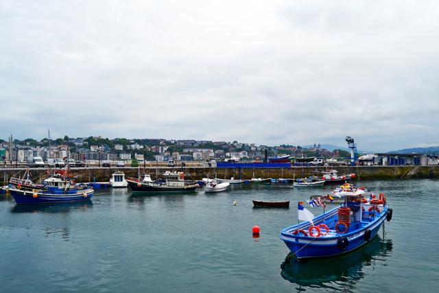 Barcos puerto viejo Donostia San Sebastián País Vasco