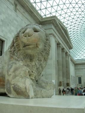 León entrada British Museum Londres