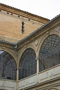 Interior claustro antigua universidad Baeza
