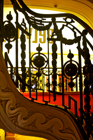 Barandilla escalera Art Nouveau Bruselas