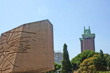 Monumento Descubrimiento Plaza Colón Madrid