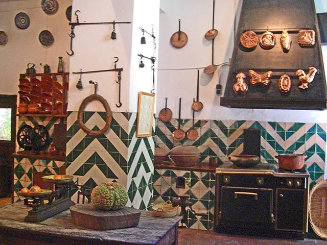 Decoración cocina tradicional Sa Granja Esporles sierra Tramontana Mallorca