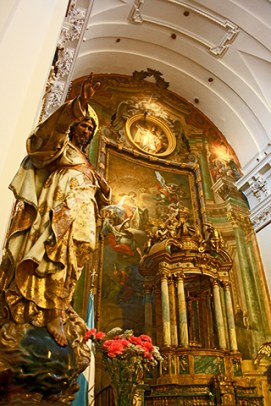 Curioso retablo en San Ildefonso