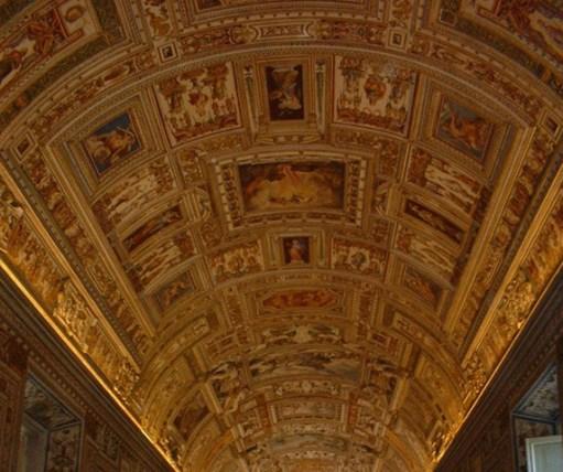 Fescos pasillo cuadros Capilla Sixtina Roma