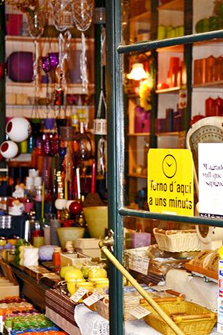 Tienda alimentación productos típicos Tarragona calle Mayor