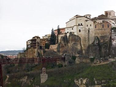 Emplazamiento excepcional de la ciudad historica y la formidable fortaleza sobre los rios Jucar y Huecar