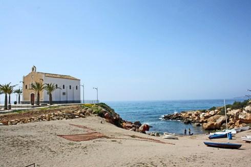 Panorámica ermita cala Isla Plana Puerto Mazarrón Murcia