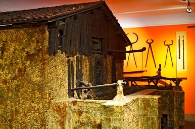 Casa típica paja Museo Vasco Museo Arqueológico, Etnográfico e Histórico Bilbao