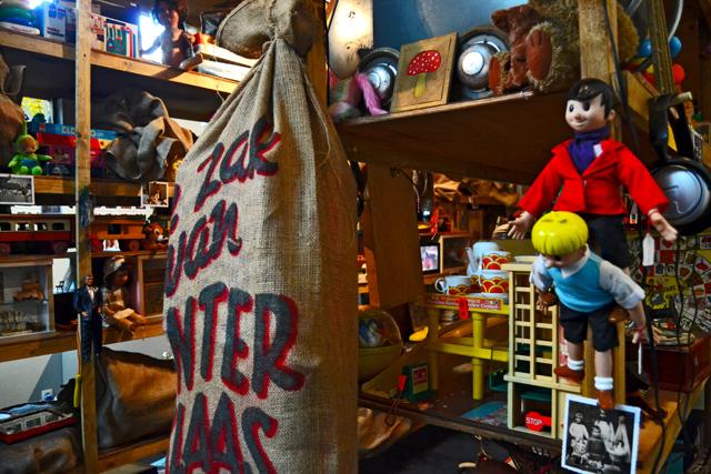 Juguetes vintage retro tienda tradicional Gante Bélgica