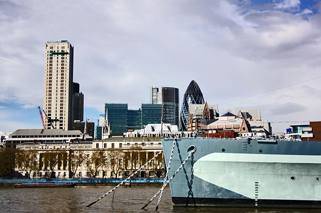 Vistas destructor HMS Belfast río Támesis City Londres