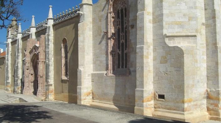 Iglesia reconstruida centro de Setúbal