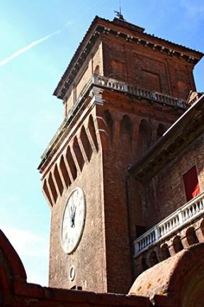 Lateral torre reloj Castillo de los Este Ferrara