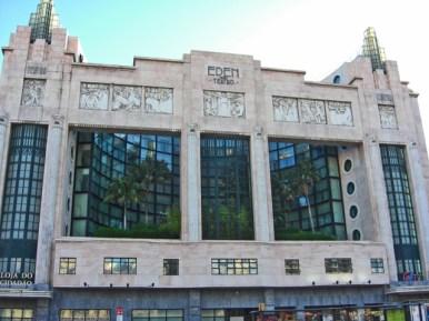 Fachada modernista Teatro Eden centro Lisboa