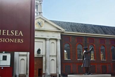 Escultura Charles II Chelsea Royal Hospital Londres