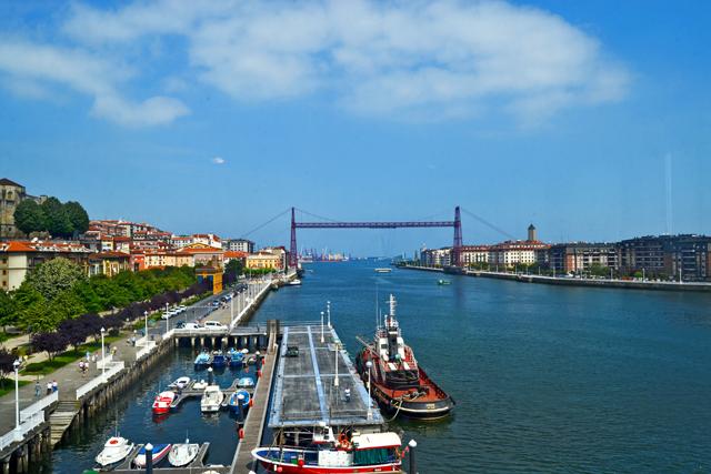 Vistas embarcadero ría Bilbao Puente Colgante Portugalete getxo País Vásco