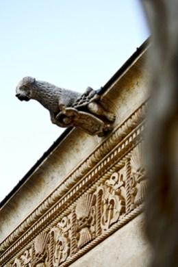 Gárgola piedra claustro Valladolid