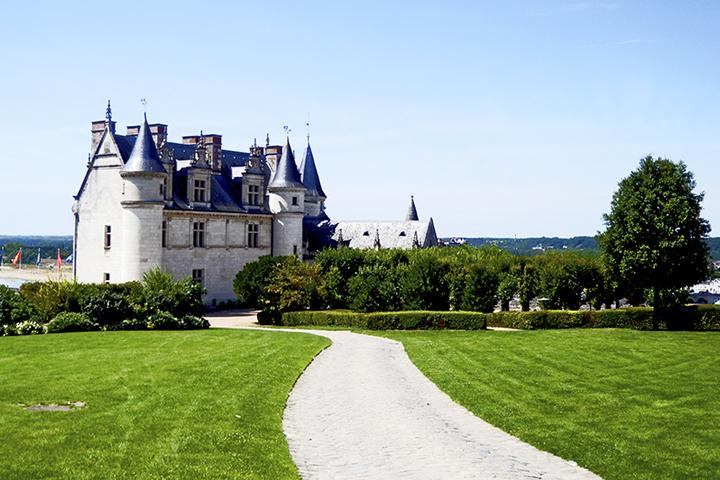 Vistas jardines fachada castillo Amboise Carlos VIII Valle Loira Francia
