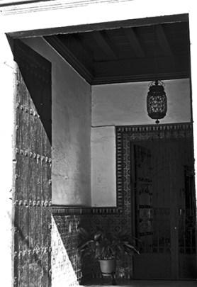 Entrada puerta interior Palacio Marqués de la Rambla Úbeda blanco y negro