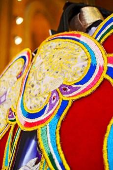 Decoración estandarte bordados caballos vino Caravaca de la Cruz