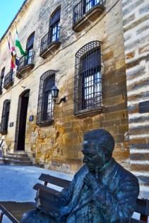 Machado sucumbe al Palacio de los Salcedo de Baeza