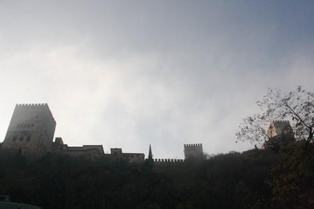 Majestuosa Alhambra presidiendo su ciudad Granada