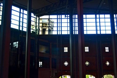 Estructura arquitectura modernista Centro Alhóndiga Bilbao
