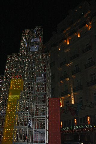 Decoración luces arquitectura Navidad calles Madrid