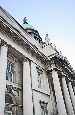 Picado fachada neoclásica General Post Office Dublín