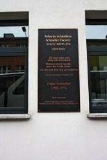 Placa conmemorativa fábrica Oskar Schlinder Cracovia