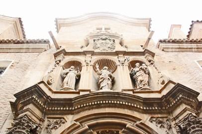 Ornamentacion exterior en la portada del Convento de las Veronicas