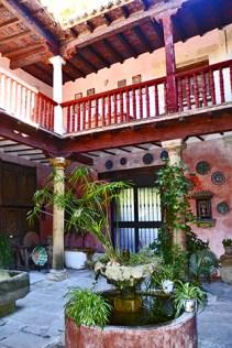 Fuente patio hispanoárabe Casa Museo Andalusí Úbeda Jaén