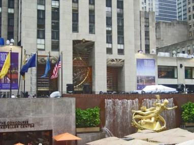 Rockefeller Plaza estatua Prometeo Rockefeller Center Nueva York