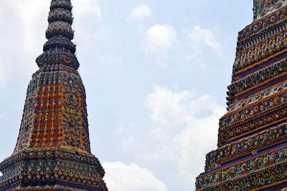 Decoración cerámica torres Palacio Real Bangkok