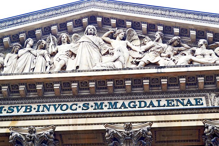 Esculturas Jesús apóstoles ángeles Iglesia Madeleine París