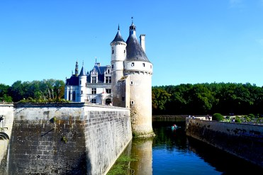 Perfil fachada Castillo Chenonceau río Valle Loira Francia
