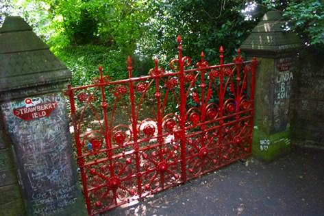 Valla Strawberry Fields John Lennon Liverpool
