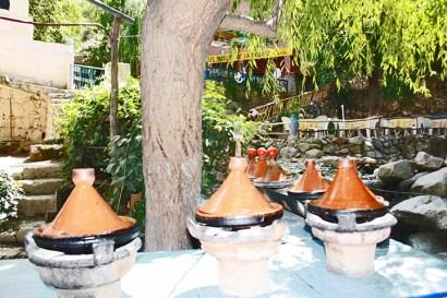 Tajine vasijas cerámica puesto bereber Valle Ourika Marruecos