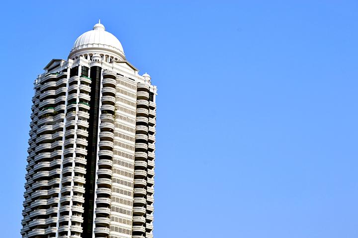 Rascacielos hotel río Chao Phraya Bangkok