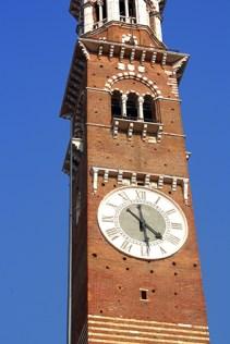 Torre reloj Lamberti ladrillo Verona