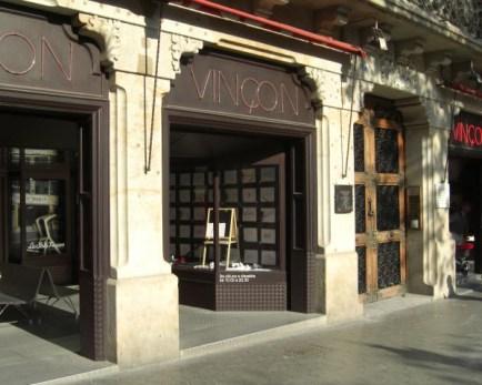 Fachada tienda diseño Vinçon Paseo Gracia Barcelona