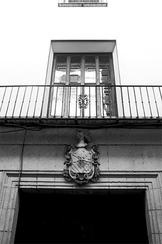 Casa Palacio de Diego calle Montcada Xàtiva blanco y negro